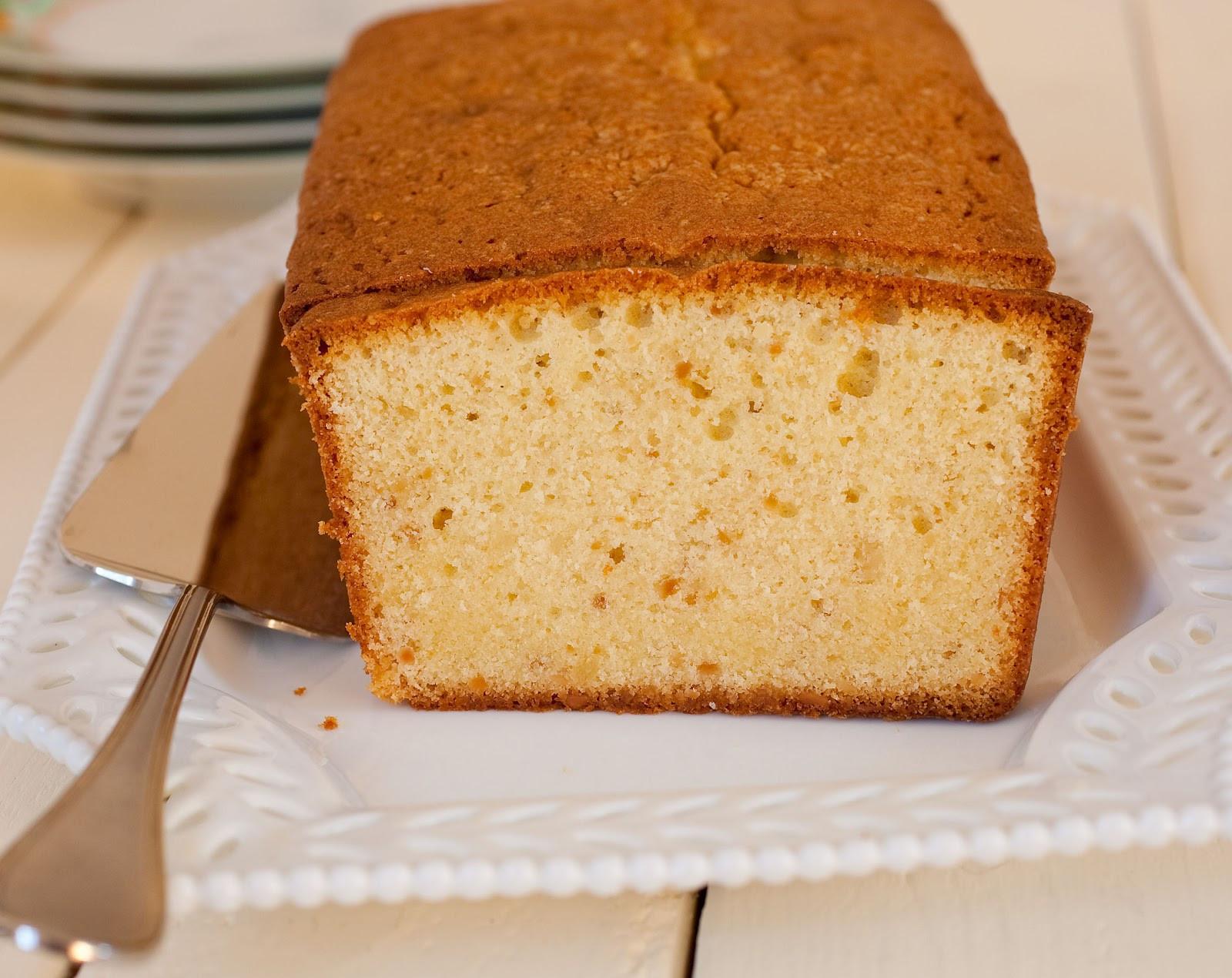 Almond Pound Cake  Tish Boyle Sweet Dreams Toasted Almond Pound Cake