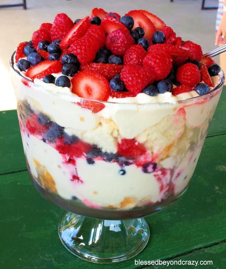 Amazing Dessert Recipes  14 Amazing Best Ever Trifles seriously these recipes are
