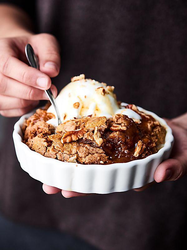 Apple Pie Filling Dump Cake  Slow Cooker Caramel Apple Dump Cake Recipe ly FIVE