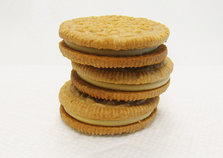 Apple Pie Oreos  Review of New Apple Pie Flavored Limited Edition Oreos