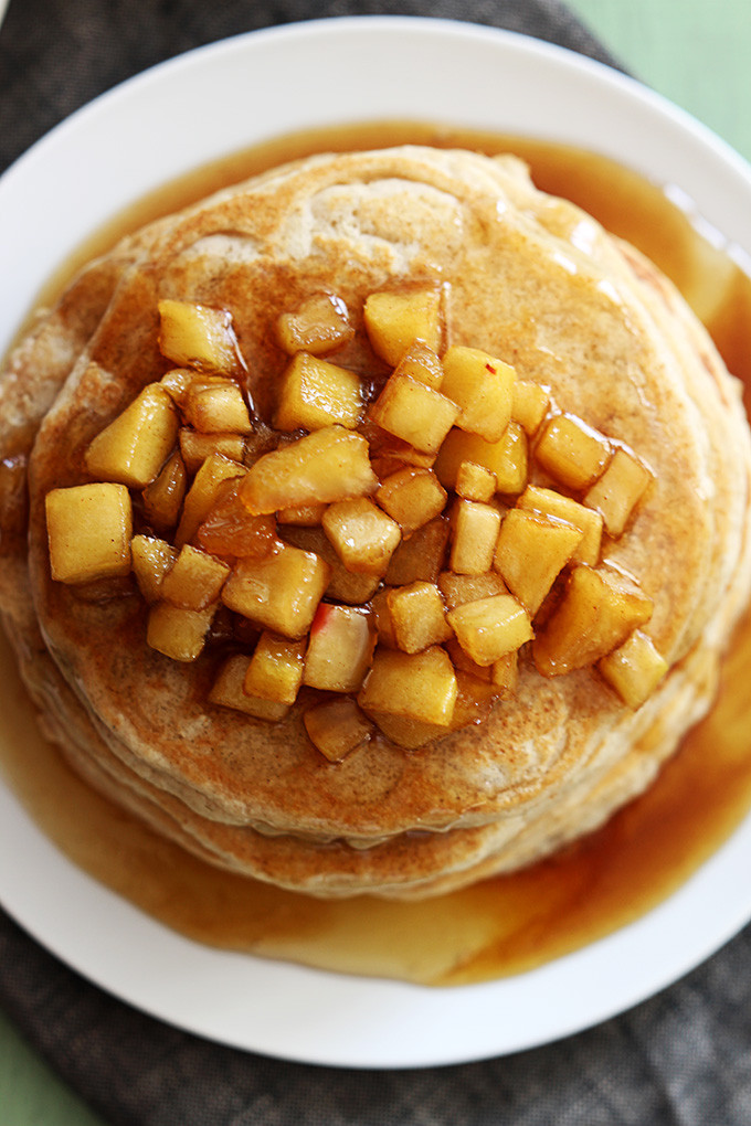 Apple Topping For Pancakes  apple cinnamon topping for pancakes