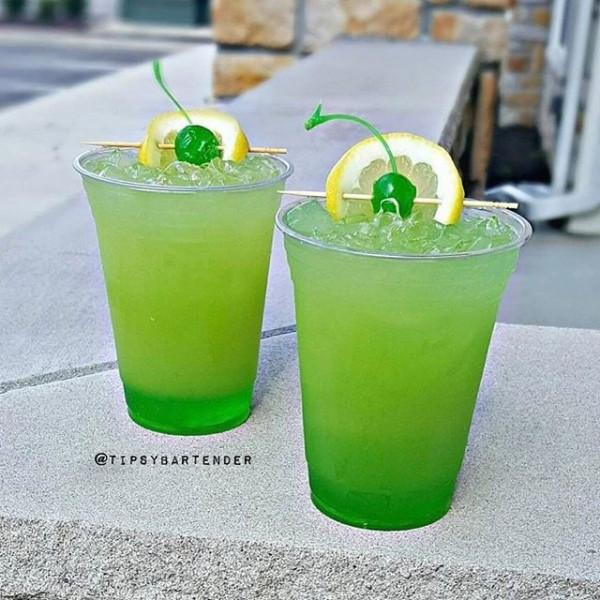 Apple Vodka Drinks  GREEN GOBLIN Midori Peach Schnapps Pineapple Juice Sour