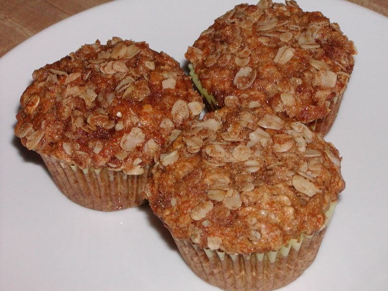 Applesauce Oatmeal Muffins  The Cookbook Junkie Best muffin topping Applesauce