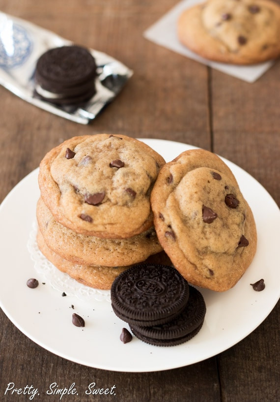 Basic Chocolate Chip Cookies  Oreo Stuffed Chocolate Chip Cookies