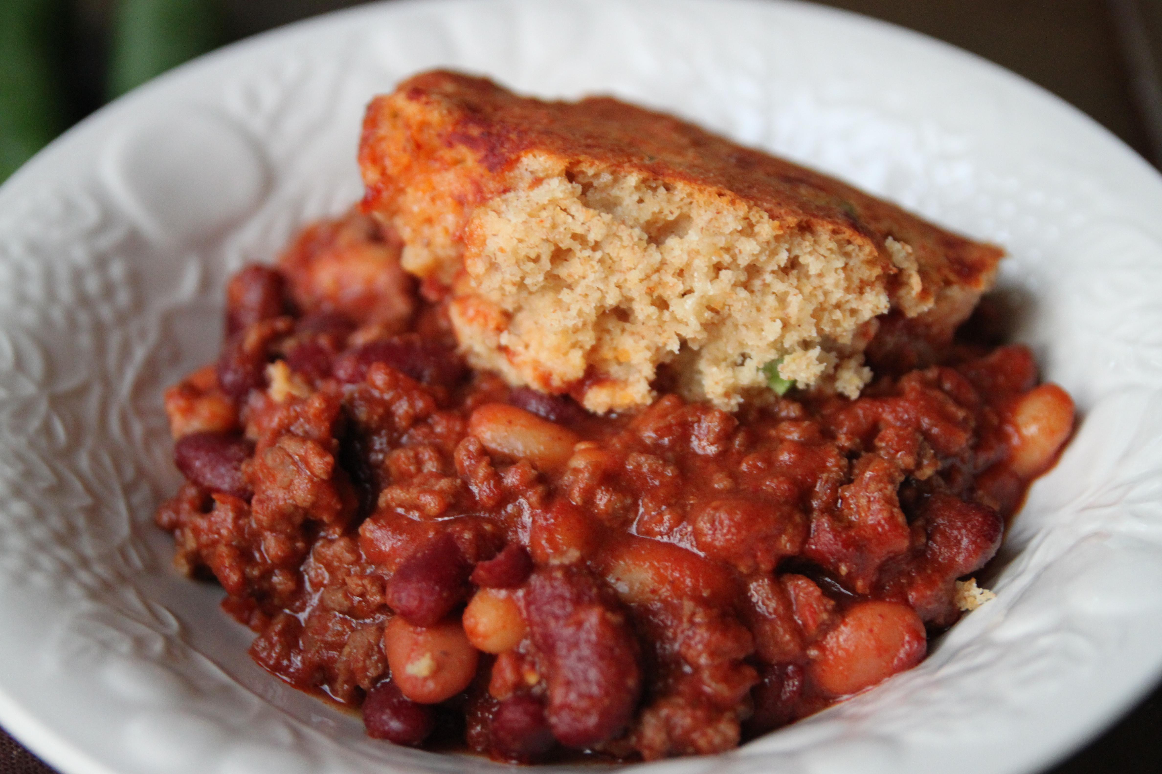 Beans And Cornbread  Chili Beans and Cornbread Casserole