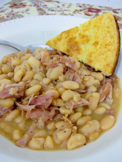 Beans And Cornbread  Slow Cooker Ham & White Beans