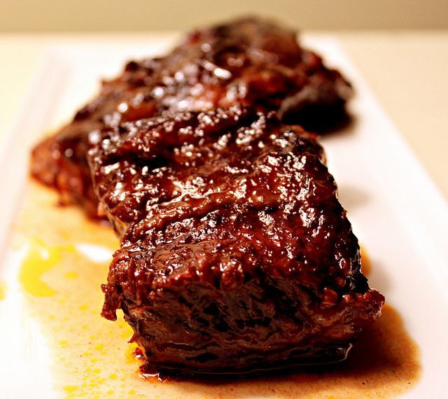 Beef Short Ribs In Crock Pot  17 Best images about Short ribs on Pinterest