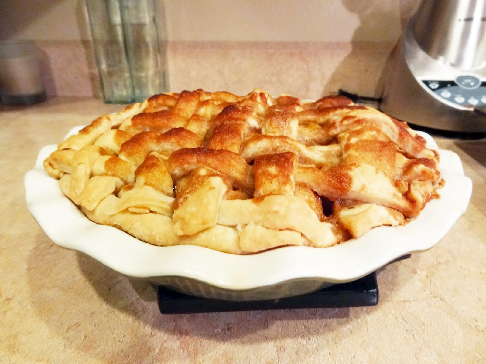 Best Apple Pie  The Sassy Italian The BEST Apple Pie Recipe