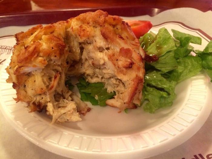 Best Maryland Crab Cake Recipe  15 Restaraunts With The Best Maryland Crab Cakes