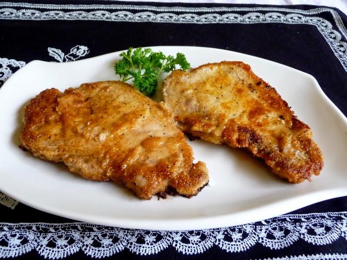 """Breaded Pork Chops  SPLENDID LOW CARBING BY JENNIFER ELOFF """"BREADED"""" FRIED"""