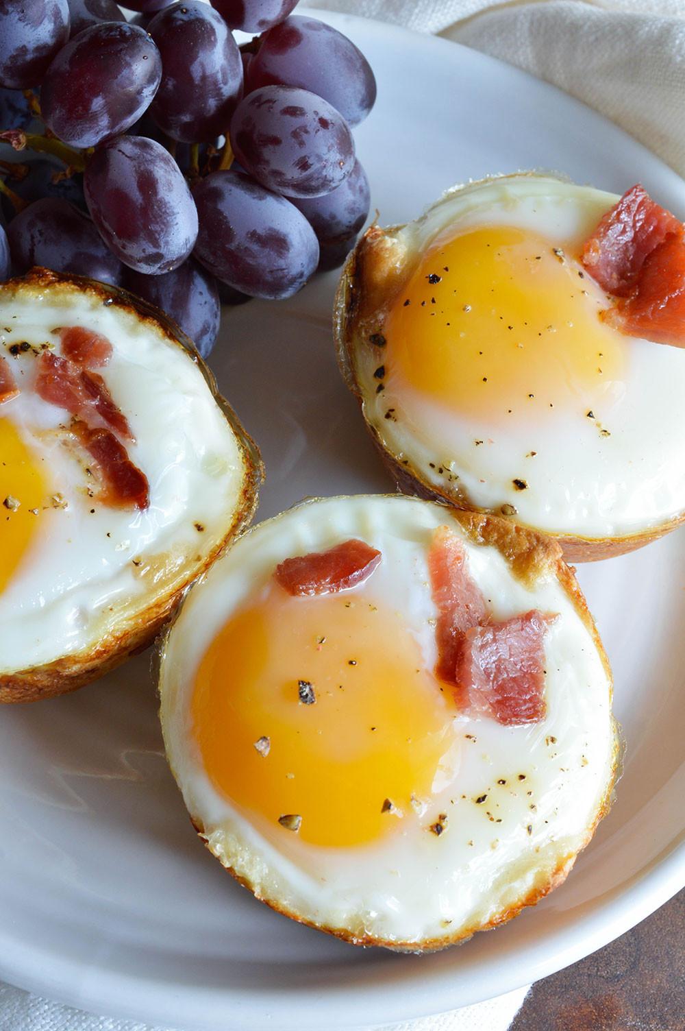 Breakfast Egg Recipes  Bacon and Egg Breakfast Cups WonkyWonderful
