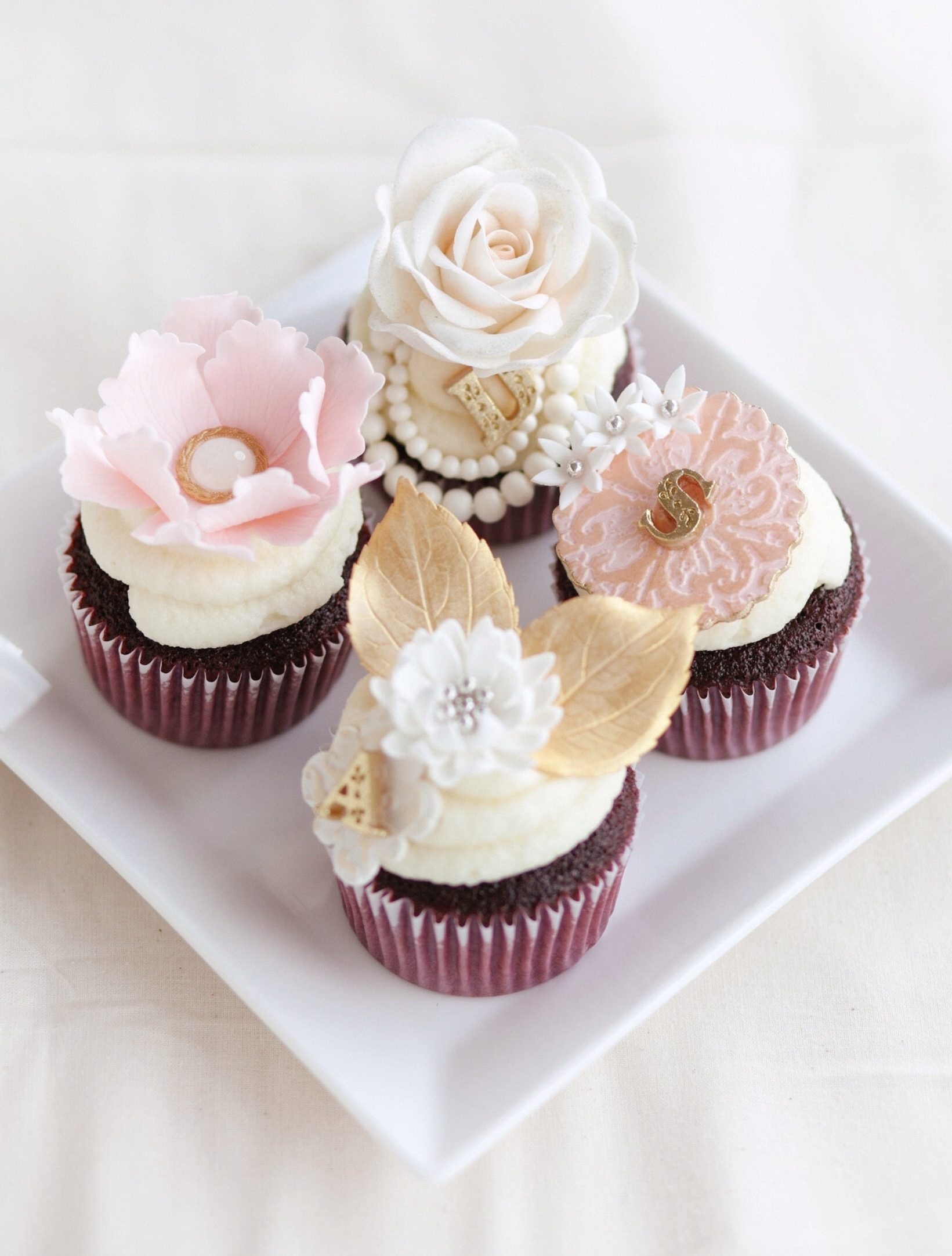 Bridal Shower Cupcakes  Romantic Pink And Gold Bridal Shower Cupcakes