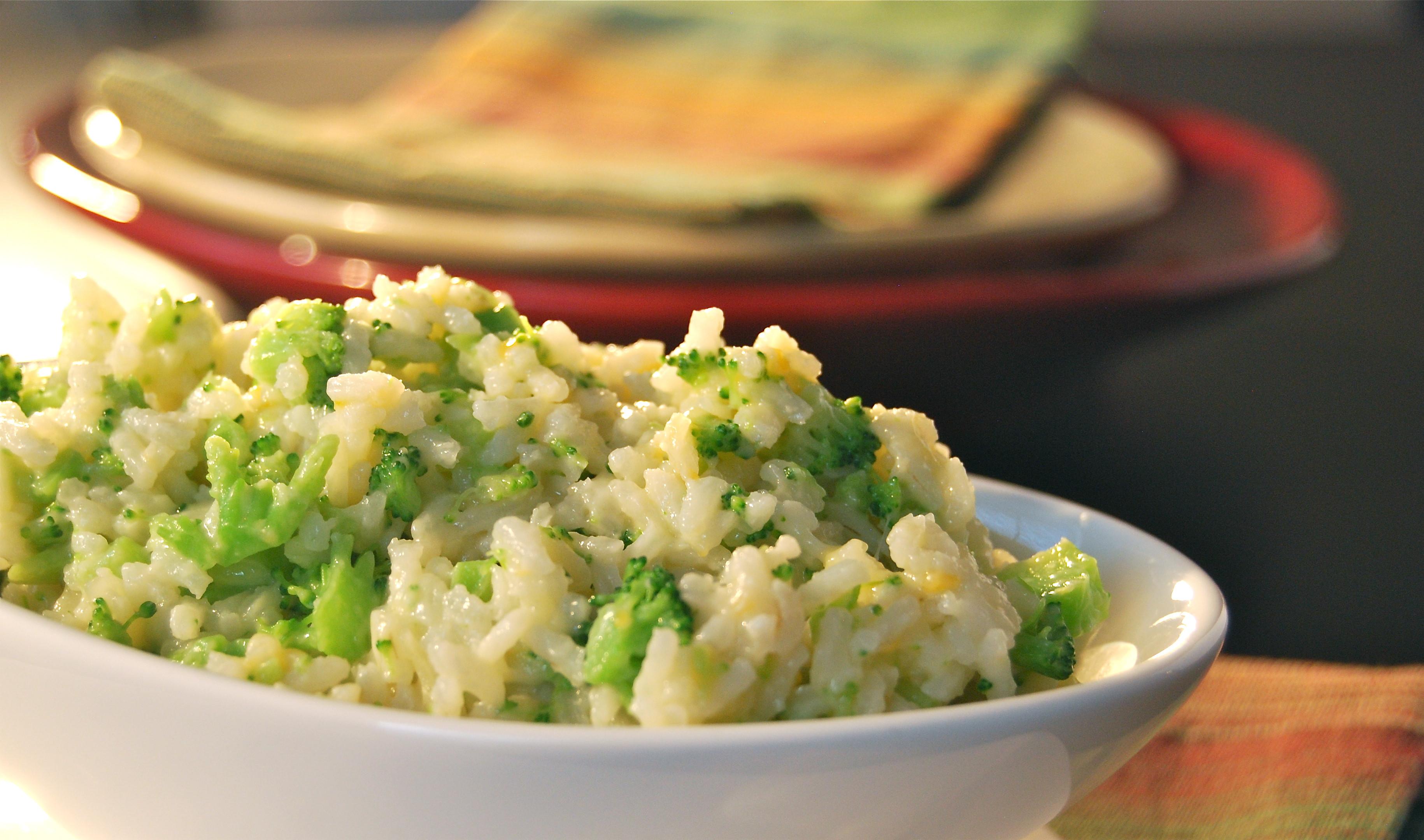 Broccoli Cheese Rice  Cheesy Rice with Broccoli Macaroni and Cheesecake
