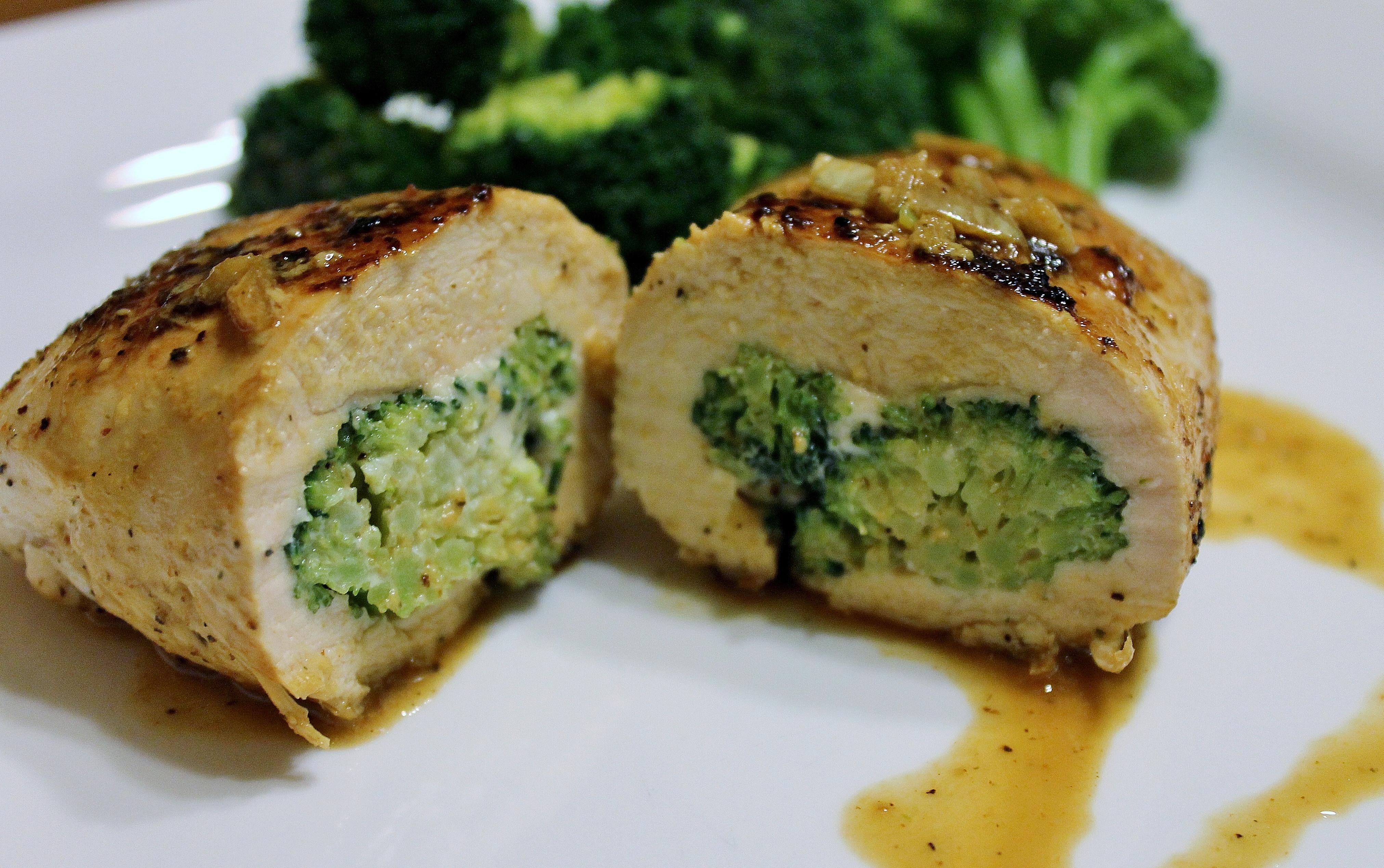 Broccoli Stuffed Chicken  Broccoli Cheese Stuffed Chicken Light Easy Recipe