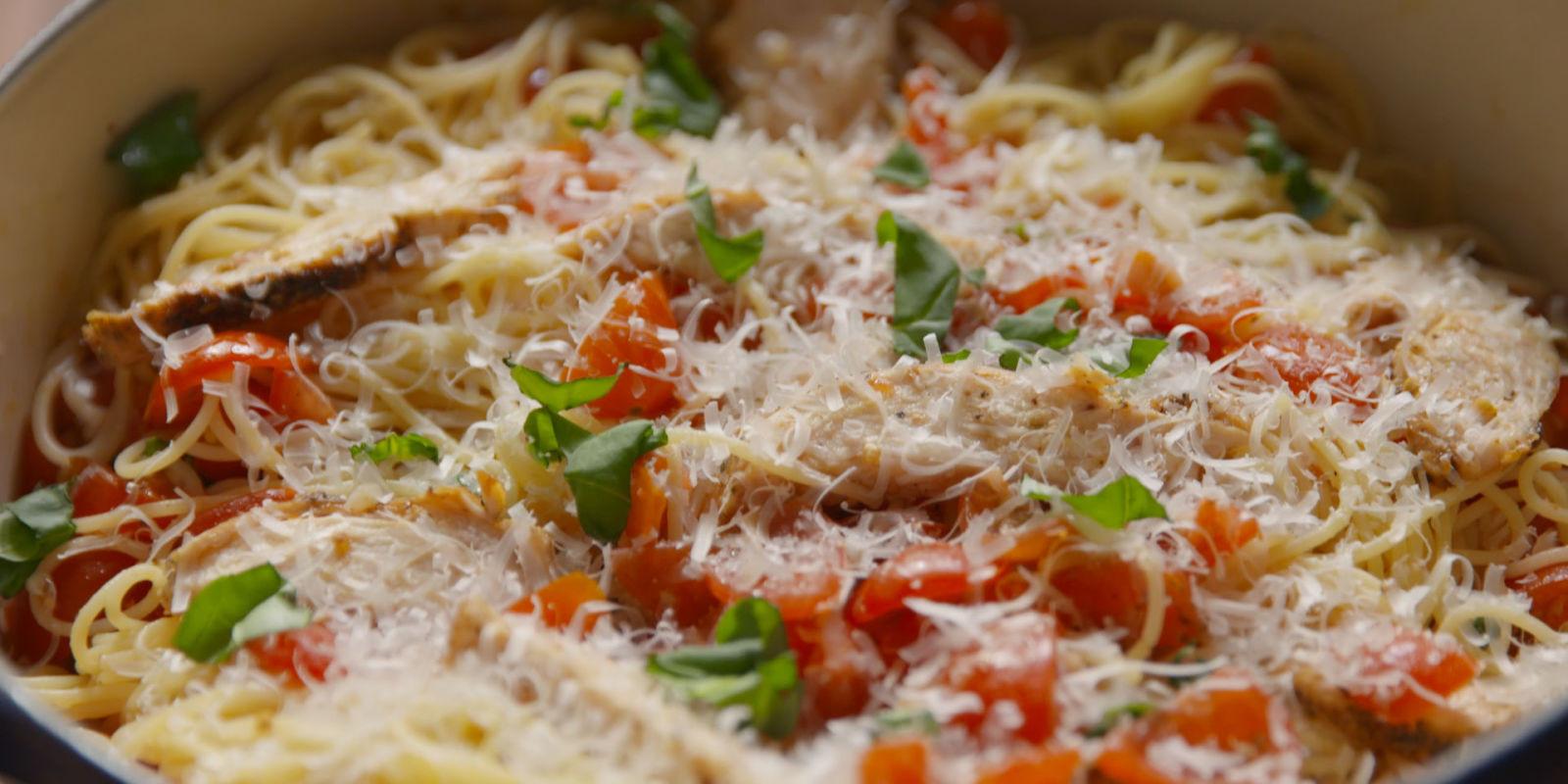 Bruschetta Chicken Pasta  Best Bruschetta Chicken Pasta Recipe How To Make