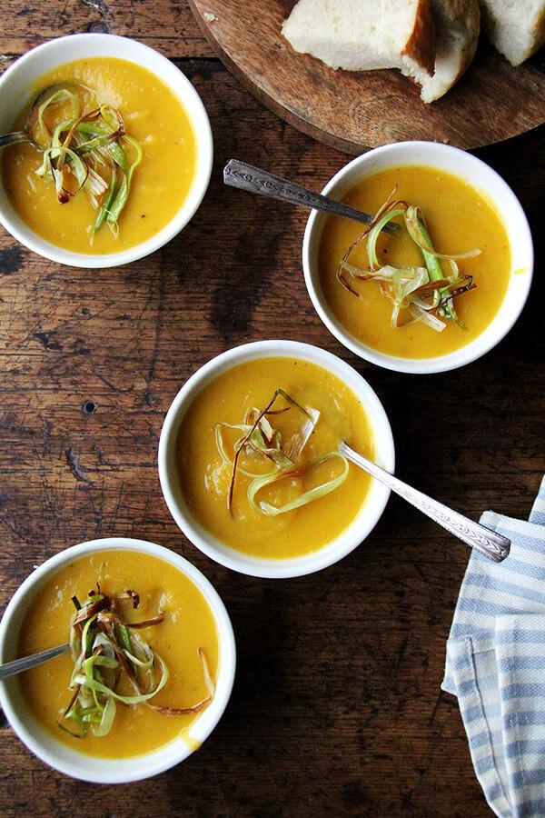 Butternut Squash Soup Slow Cooker  Slow Cooker Butternut Squash & Apple Soup