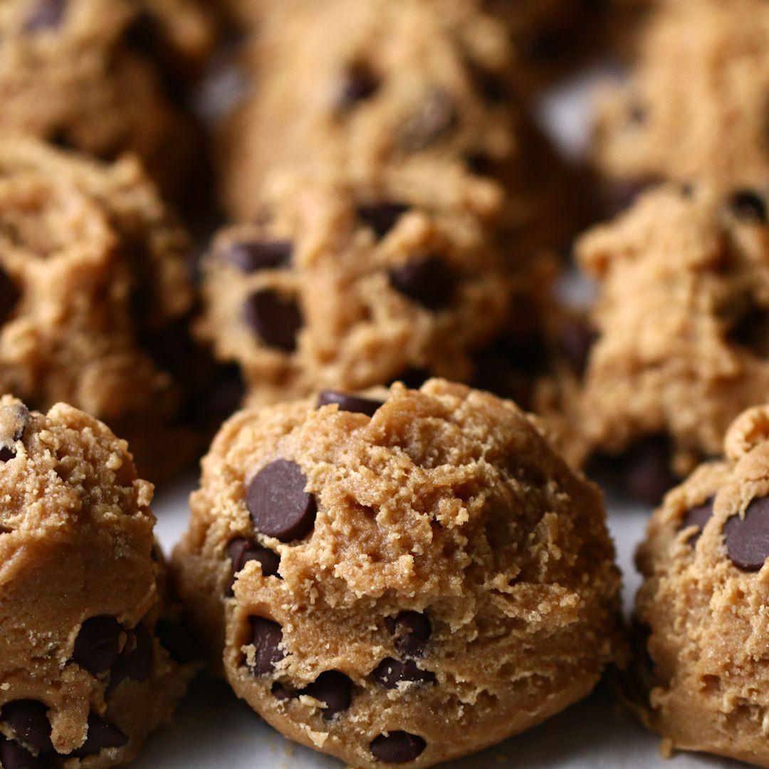 Buzzfeed Chocolate Chip Cookies  Tasty on BuzzFeed f o o d♡ Pinterest