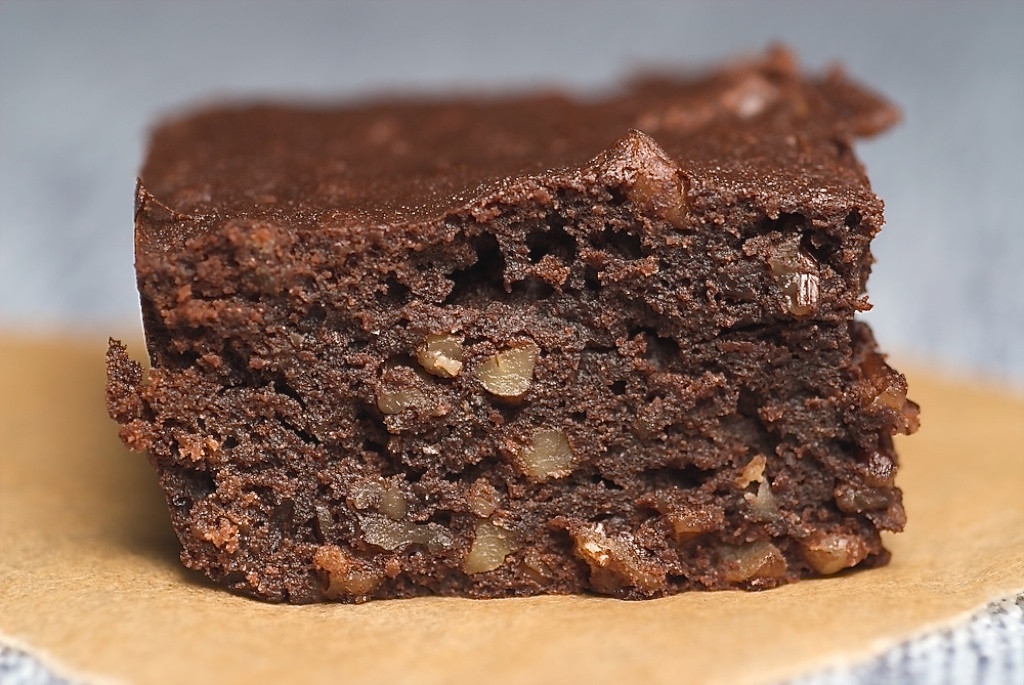Cake Like Brownies  Dark Victory Brownies Bake or Break