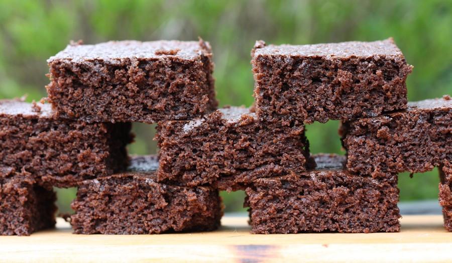 Cake Like Brownies  cake like brownies – First Look Then Cook