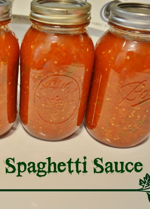 Canning Spaghetti Sauce  DIY Homemade Spaghetti Sauce Canning Recipe Tutorial