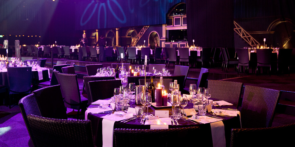 Capone'S Dinner And Show  Catering voor dinnershow Pandora in Studio 21 Oseven