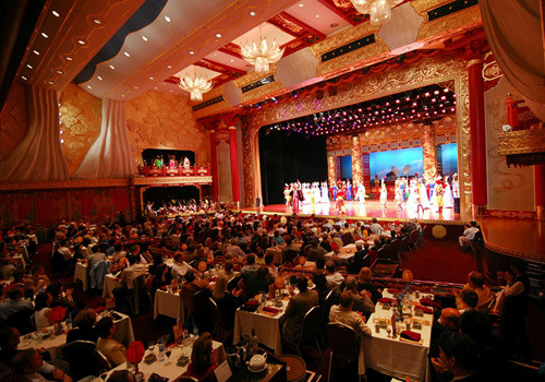 Capone'S Dinner And Show  Asia Getaway – Dream Vacations China