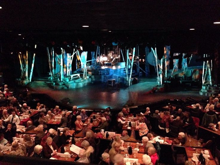 Capone'S Dinner And Show  CHANHASSEN DINNER THEATRES RING IN 2014 Where Chanhassen