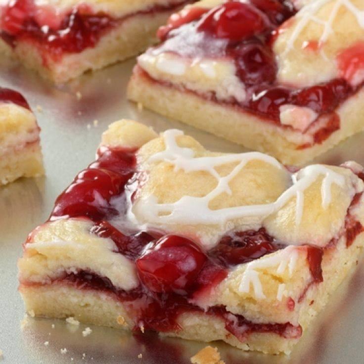 Cherry Pie Filling Desserts  CHERRY PASTRY BARS