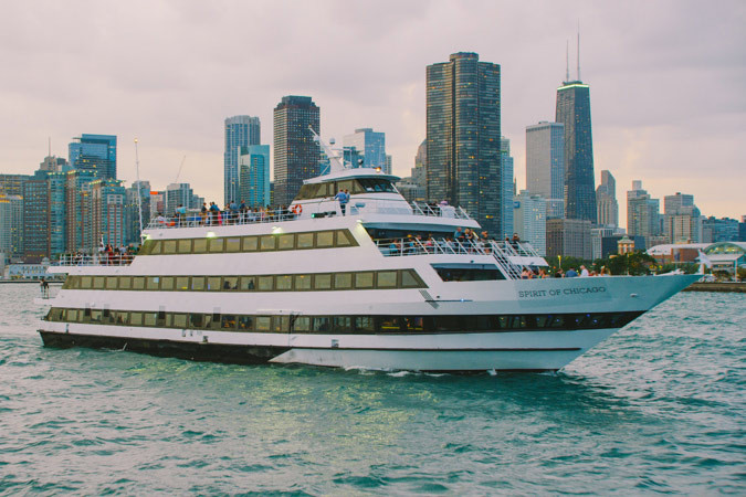 Chicago Dinner Cruise  pare Chicago Cruise Ships at Navy Pier