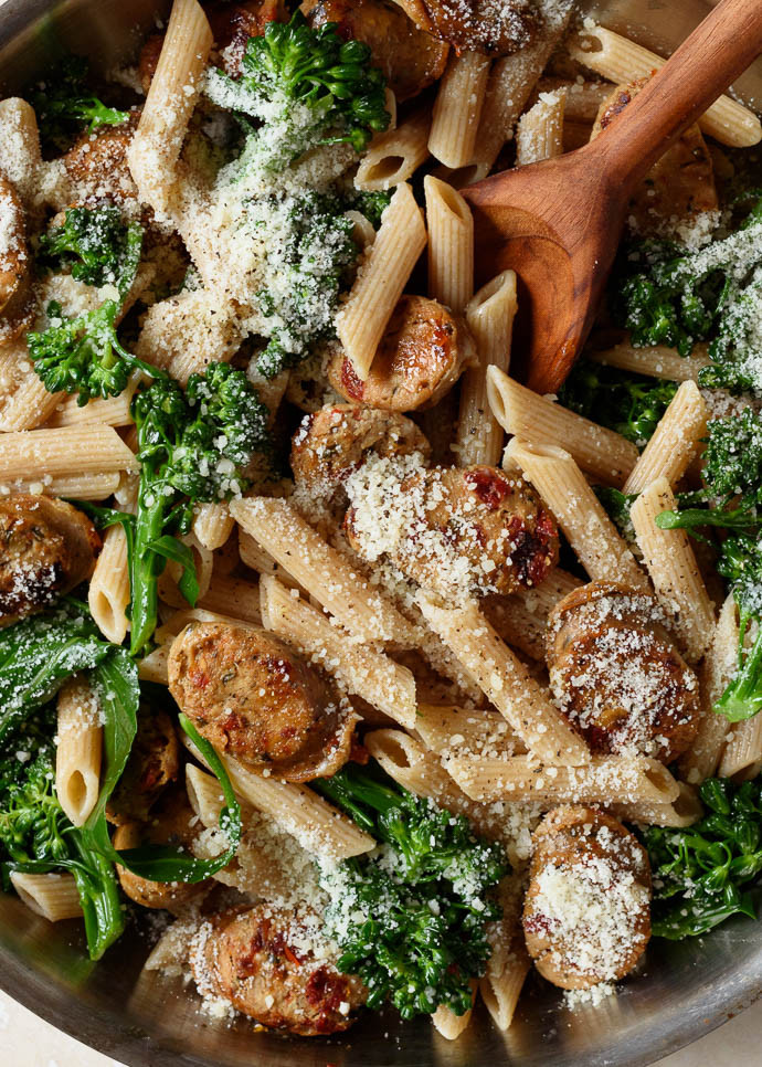 Chicken And Sausage Recipes  chicken sausage broccoli pasta recipe