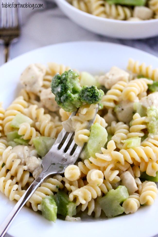 Chicken Broccoli Alfredo  Skinny Chicken & Broccoli Alfredo Table for Two