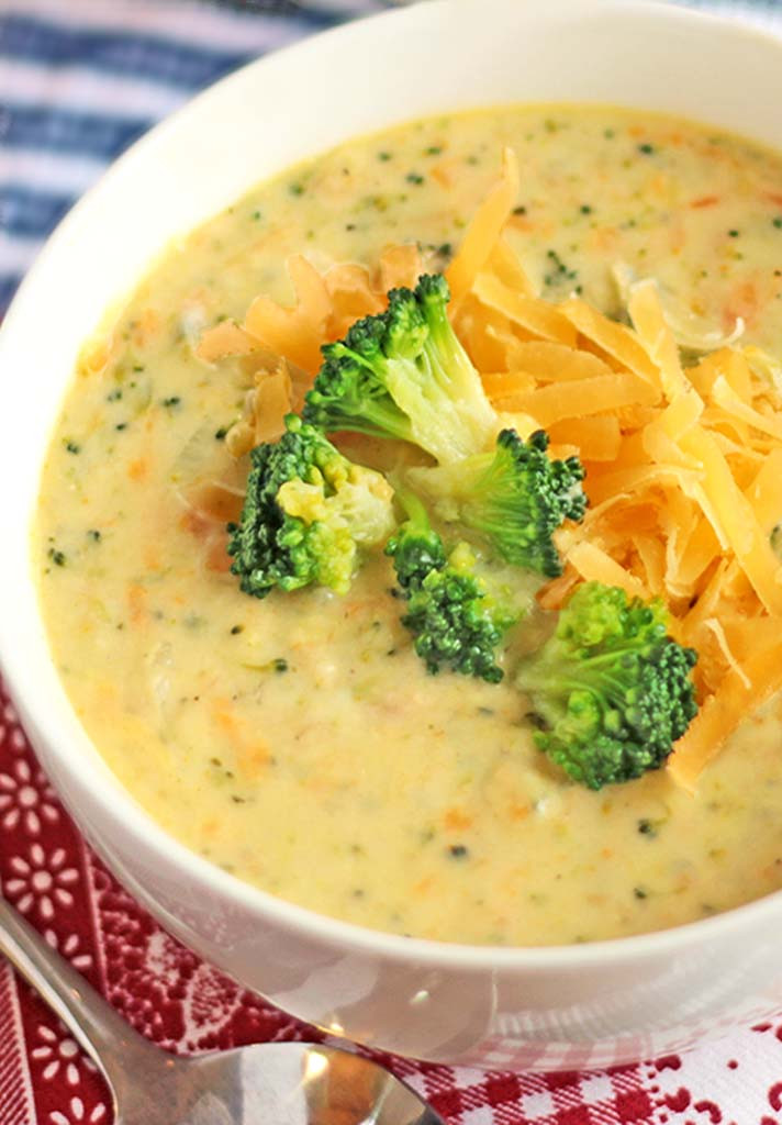 Chicken Broccoli Cheese Soup  Broccoli Cheddar Soup Who Has the Thyme