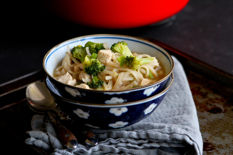 Chicken Noodle Soup Pioneer Woman  pioneer woman chicken noodle soup