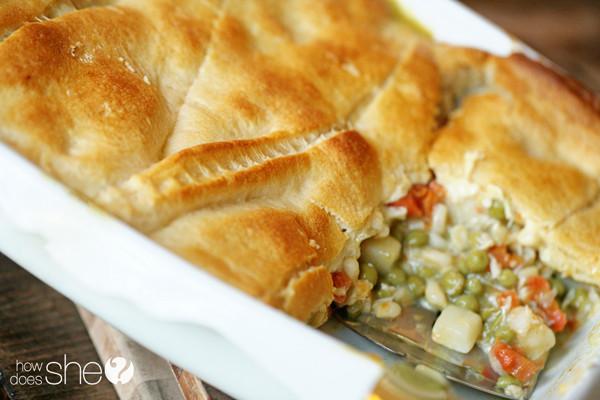 Chicken Pot Pie Casserole Recipe  Easy Chicken Pot Pie Casserole Recipe 10 minutes or less