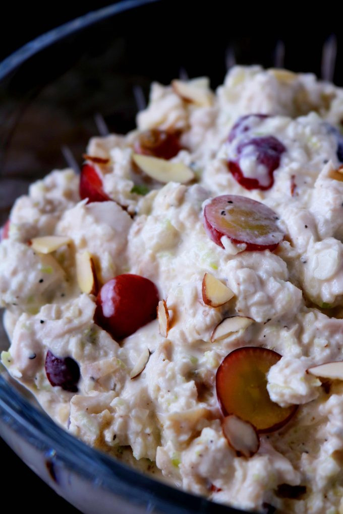 Chicken Salad With Grapes Recipes  Easy Chicken Salad with Grapes and Almonds