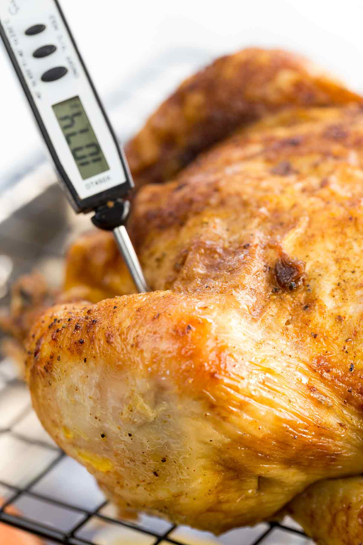 Chicken Thighs Temperature  Using a Digital Meat Thermometer For Better Cooking