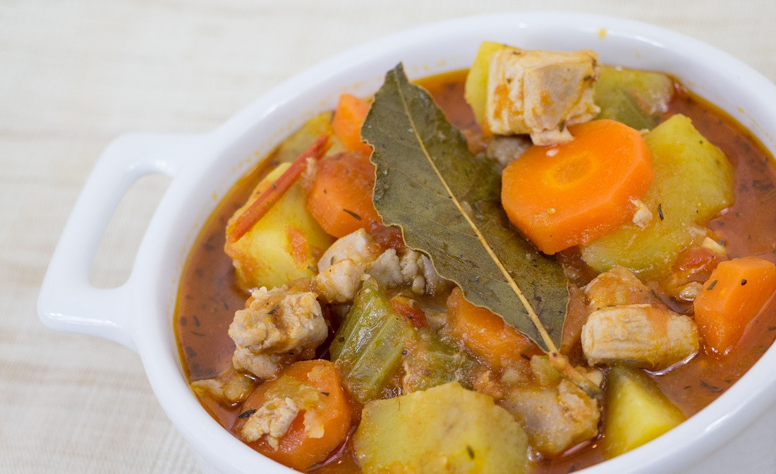 Chicken Vegetable Stew  Easy Chicken and Ve able Stew