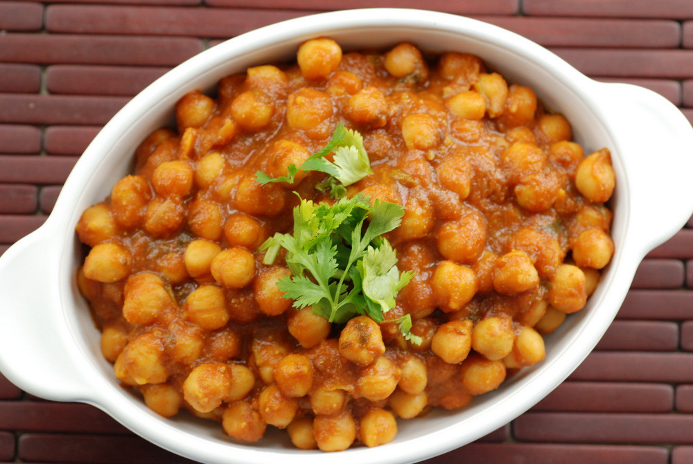 Chickpea Recipes Indian  Indian Chickpea Curry with Mango Powder Amchoor Chana