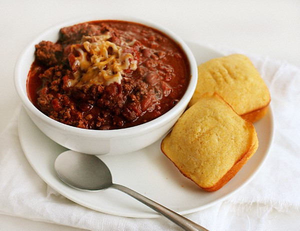 Chili And Cornbread  Homemade Cornbread and Cocoa Chili i am baker