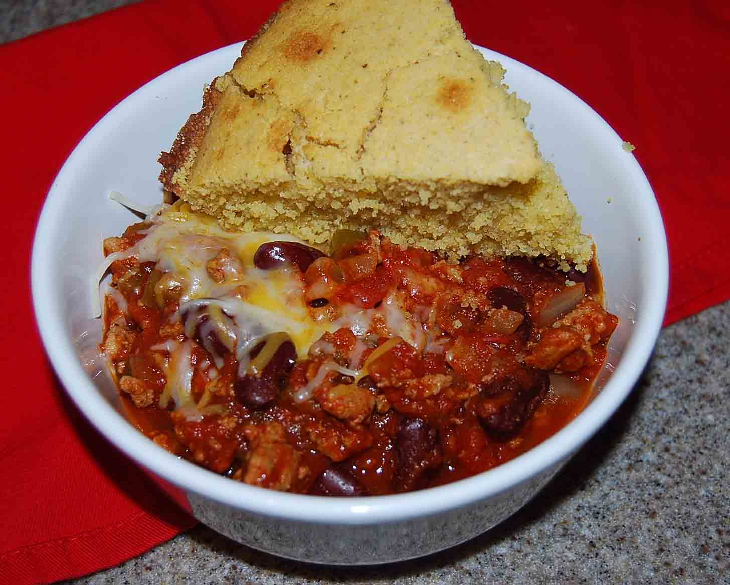 Chili And Cornbread  Skillet Cornbread and Chili