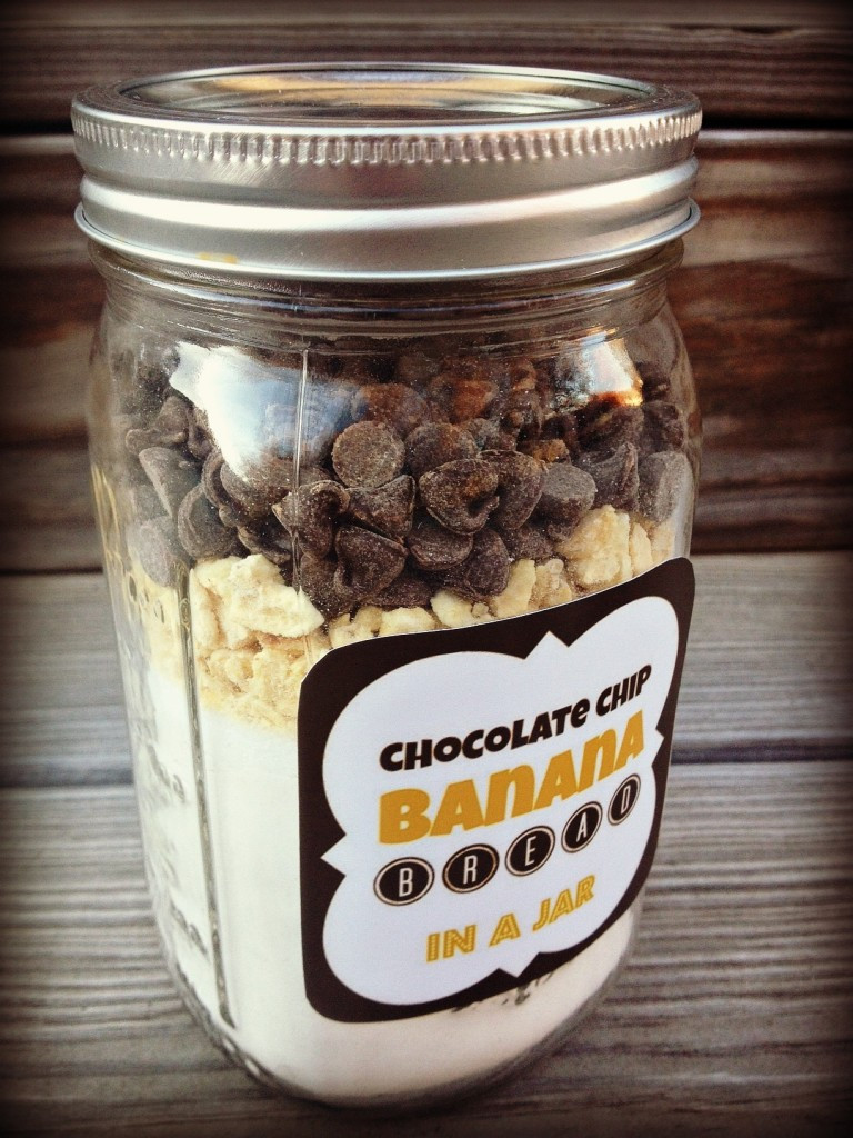 Chocolate Chip Cookies In A Jar  5 DIY Holiday Baked Gifts in a Jar with FREE Printable