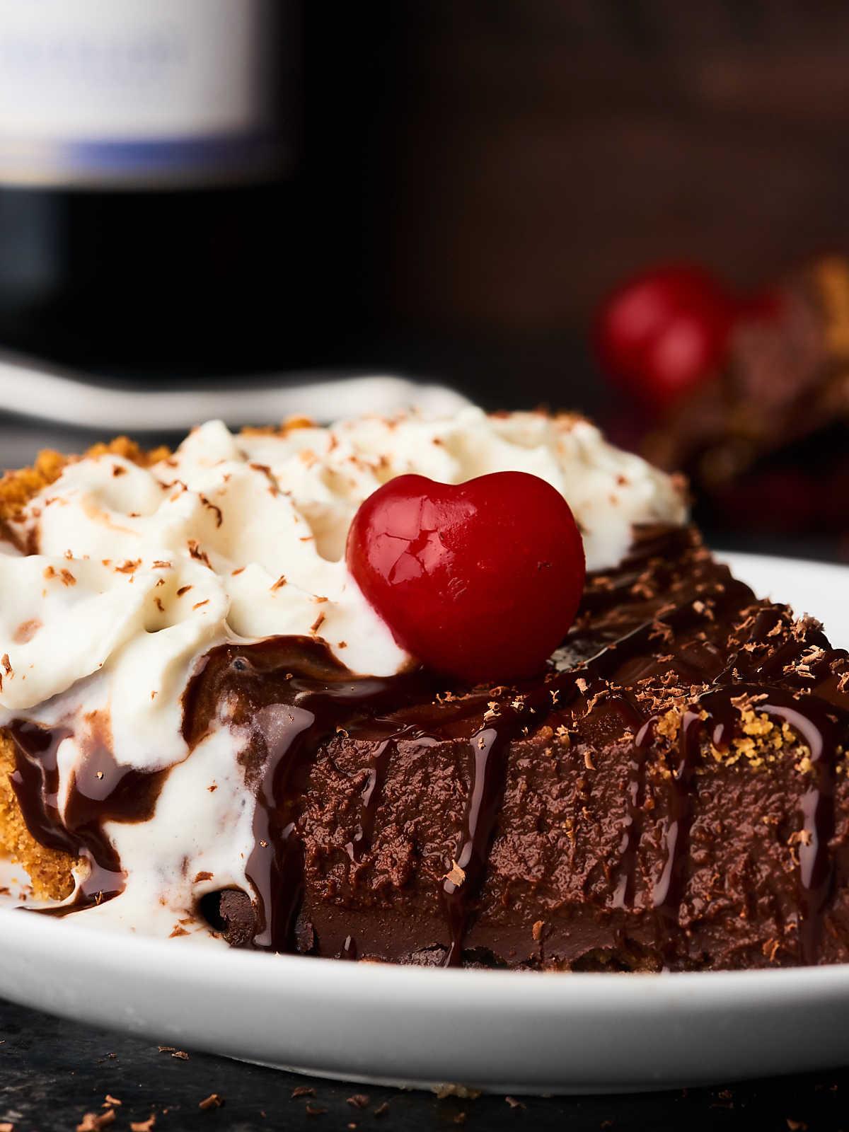 Chocolate Desserts Easy  Red Wine Chocolate Pudding Pie Recipe Easy Holiday Dessert