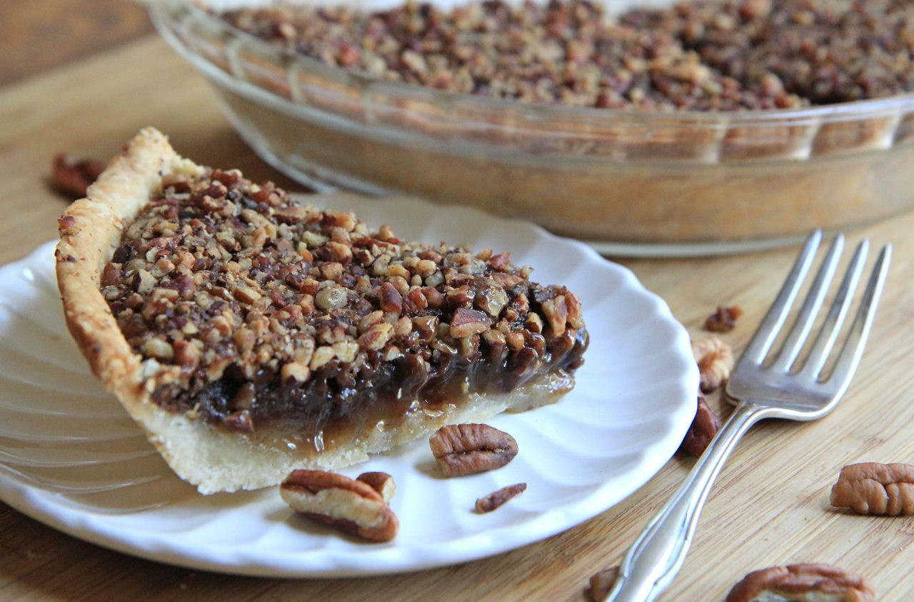Chocolate Pecan Pie  Easy Chocolate Pecan Pie Recipe