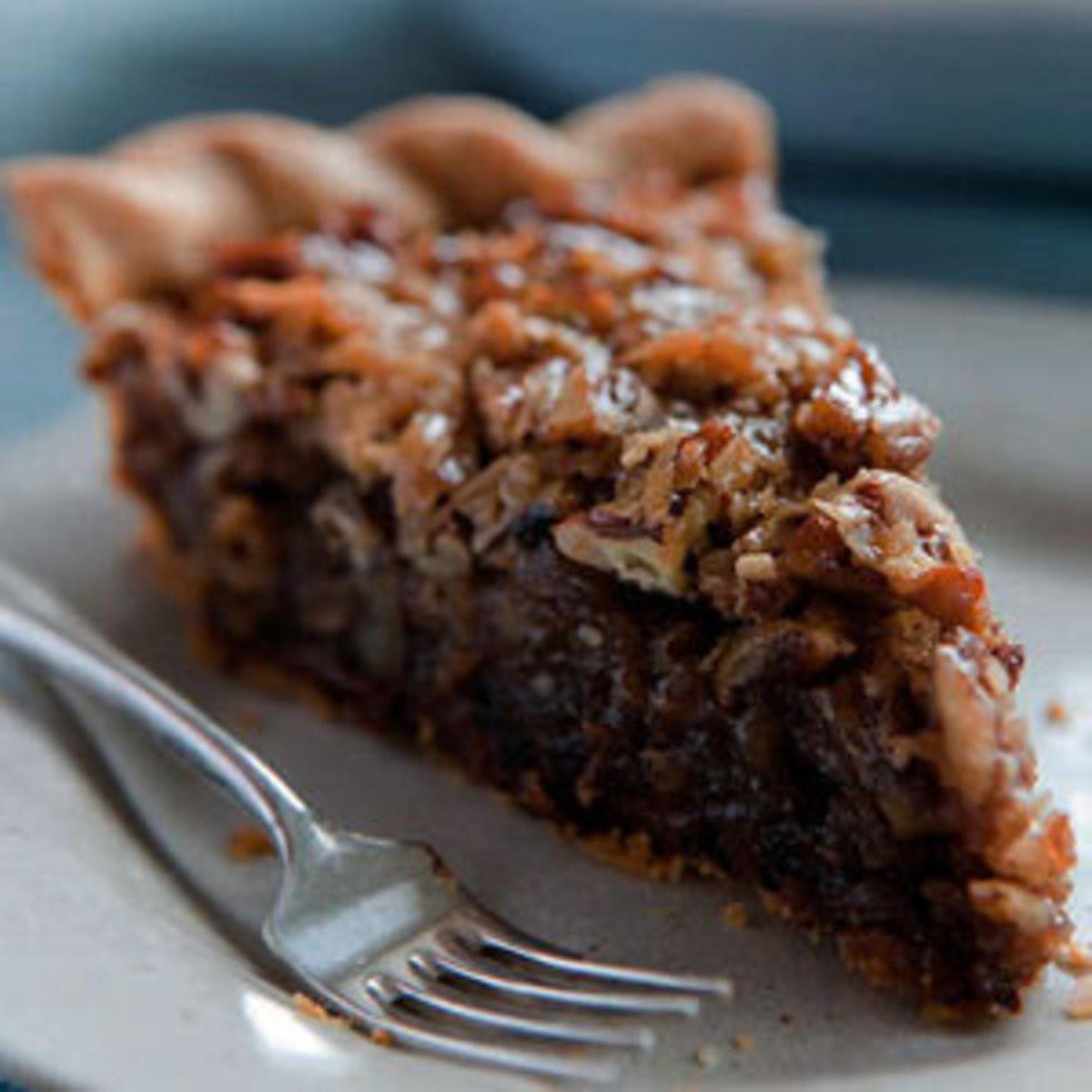 Chocolate Pecan Pie  German Chocolate Pecan Pie Rachael Ray Every Day