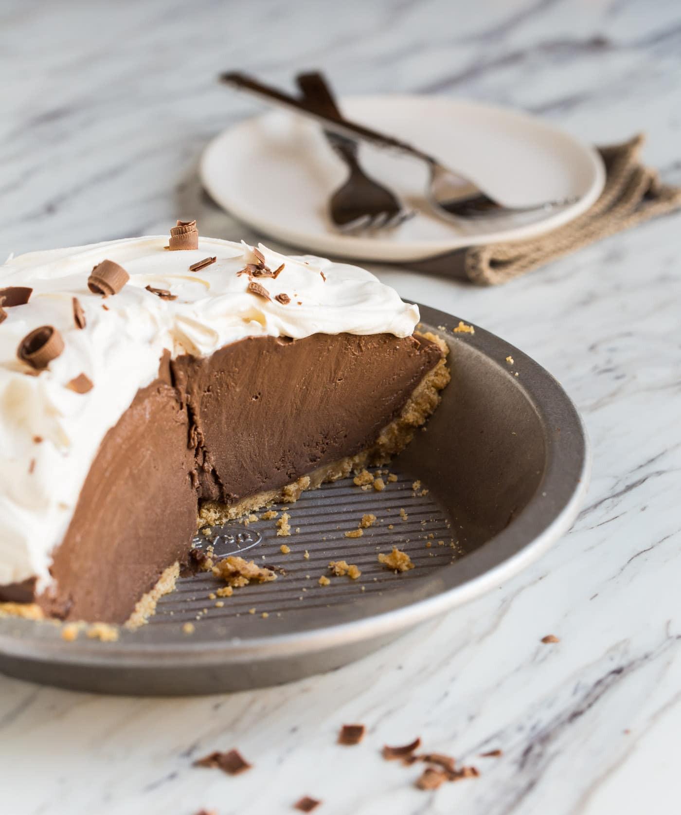 Chocolate Pie With Cocoa  Chocolate Pie Garnish with Lemon