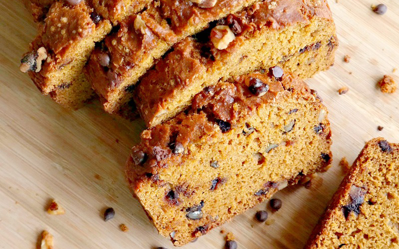 Chocolate Pumpkin Bread  Chocolate Chip Pumpkin Bread [Vegan] e Green Planet e