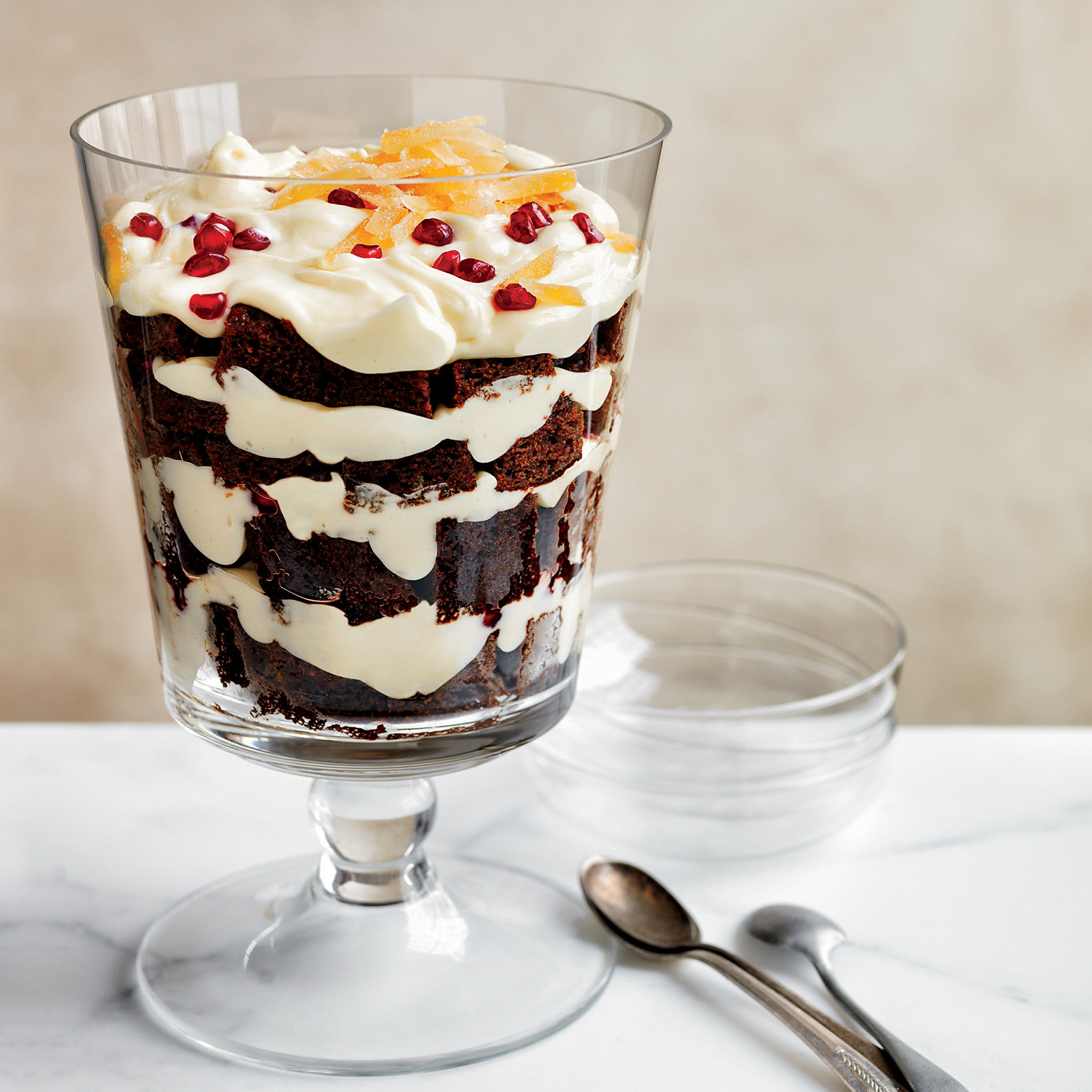 Christmas Recipes Desserts  Gingerbread and White Chocolate Mousse Trifle Recipe