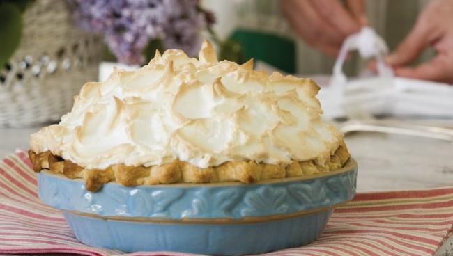Coconut Meringue Pie  A Really Delicious Mile High Coconut Cream Meringue Pie