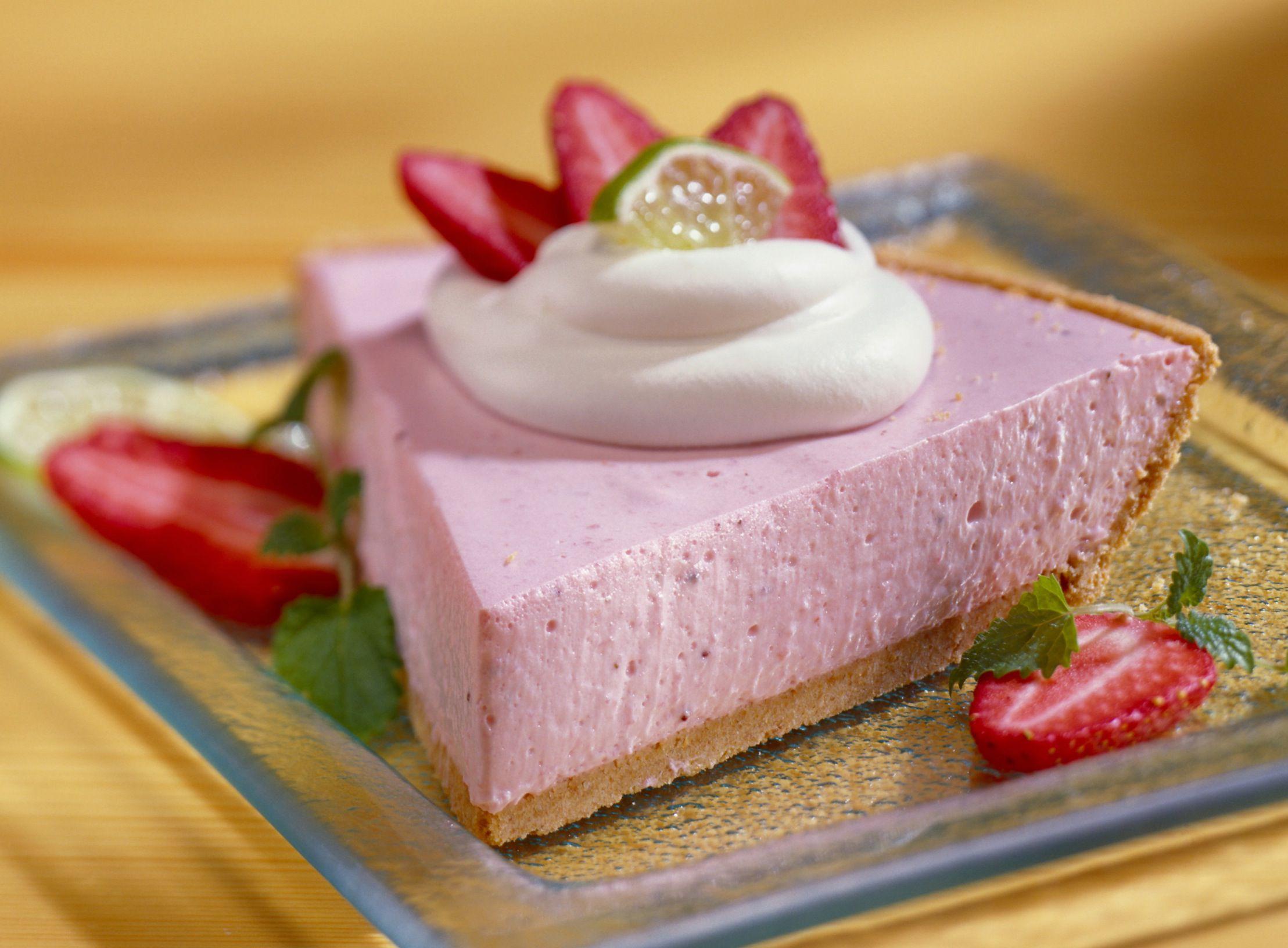 Cool Dessert Recipes  No Bake Yogurt and Cool Whip Pie Recipe