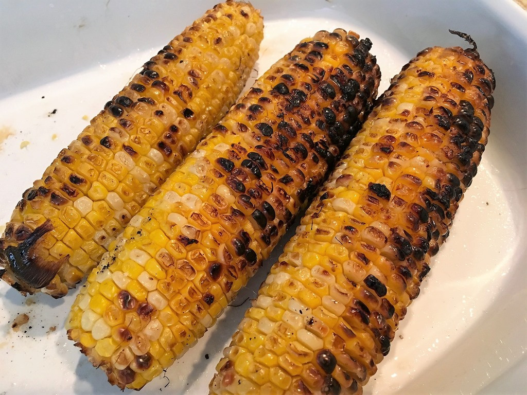 Corn On Grill  Grilled Corn Salad Caprese Style